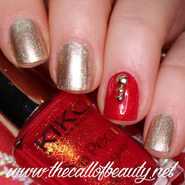 Winter 20nail 20art 20challenge 20  20gold 20and 20red 20manicure 20 10  20wmm thumb370f