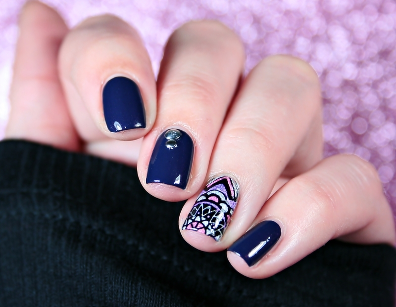 Mandala nail art by Romana