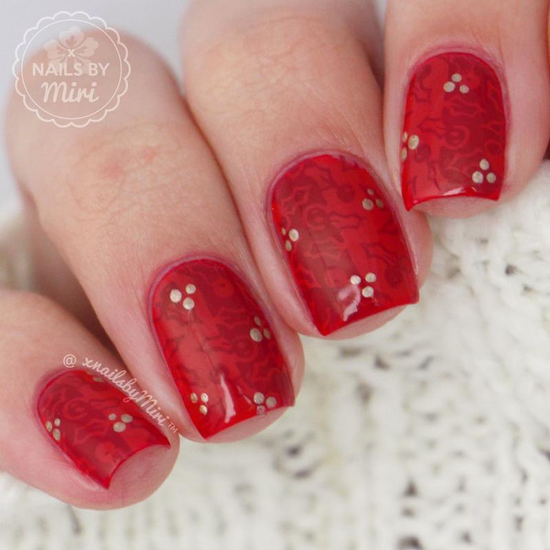 Holly Stamping nail art by xNailsByMiri