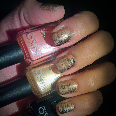 Last #fanbrushfriday of 2016 nail art by Avesur Europa