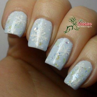 winter nail art by Isabella