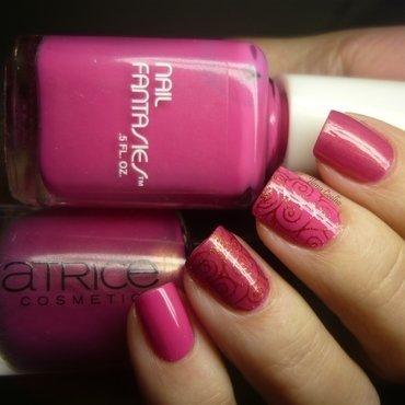 pink dreams nail art by Ilana Coelho