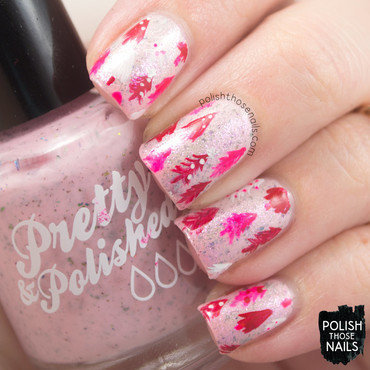 Pink flakies christmas tree pattern nail art 4 thumb370f