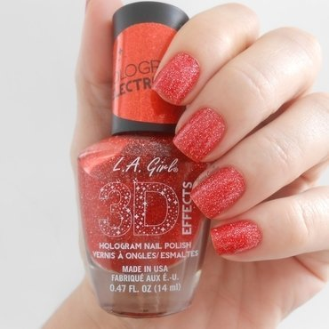 L.A.Girl Electric Coral Swatch by Ilana Coelho
