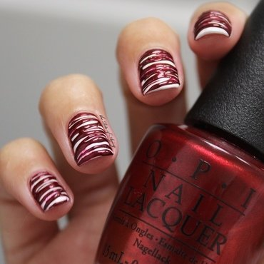 Melted Candy Canes Sugar-Spin nail art by Monica
