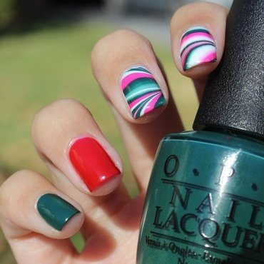 Classic Christmas Watermarble nail art by Monica