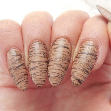 Chocolate nail art by Werterownia