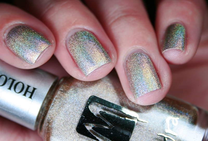 Moyra Holographic 252 Swatch by Romana