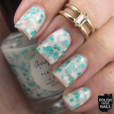 Love angeline tea lite white aqua glitter crelly swatch 3 thumb370f