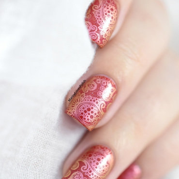 Duochrome paisley nail art by Marine Loves Polish