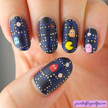 Pacman nail art 80s thumb370f