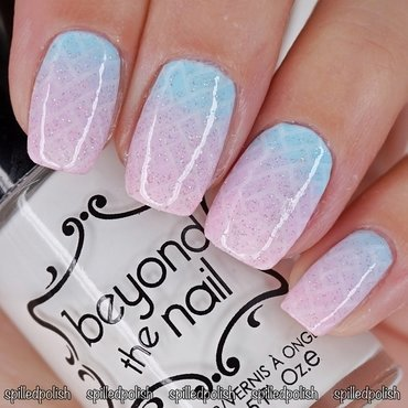 Pastel Glitter Gradient nail art by Maddy S