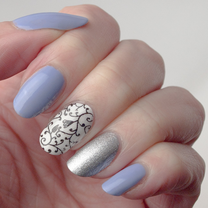 Quick manicure nail art by What's on my nails today?