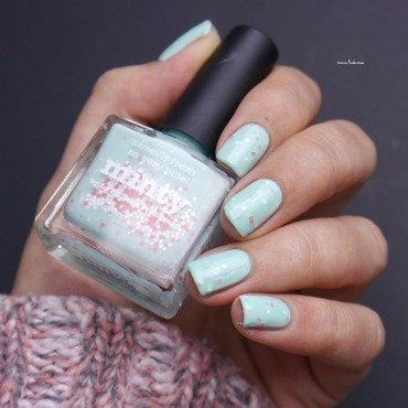 piCture pOlish Minty Swatch by irma