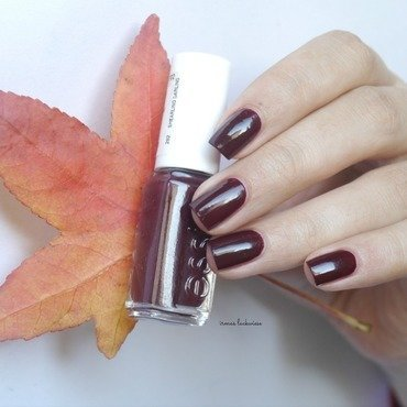Essie Shearling Darling Swatch by irma
