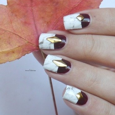 half marble nails nail art by irma