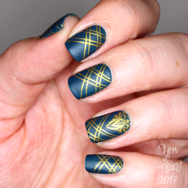 Hey, Satin Sister! nail art by die Yps lackiert