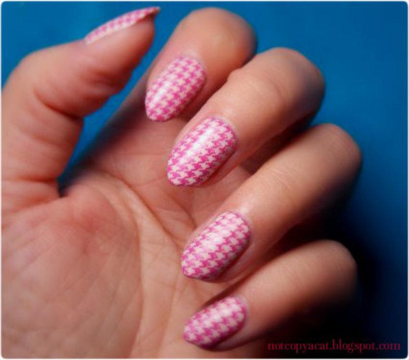 Houndstooth nail art by notcopyacat