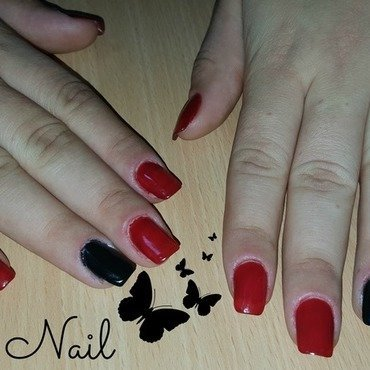 Red and black gel nails by Irina Nail