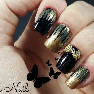 Gold and black nails nail art by Irina Nail