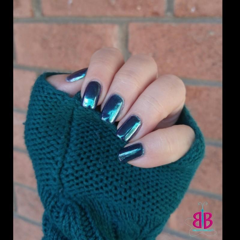 Mirror Nails nail art by Bellini Solis