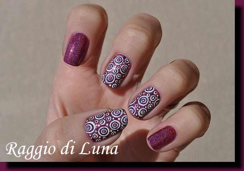 Holo dotticure nail art by Tanja