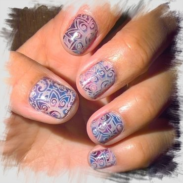 Day 18 of @gelulicious #31dnc2017: Mandala  nail art by Avesur Europa
