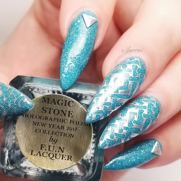 Magic Stone nail art by Nanneri