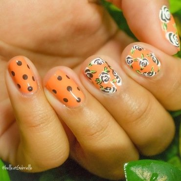 Stylized Floral Nails! nail art by Gabrielle