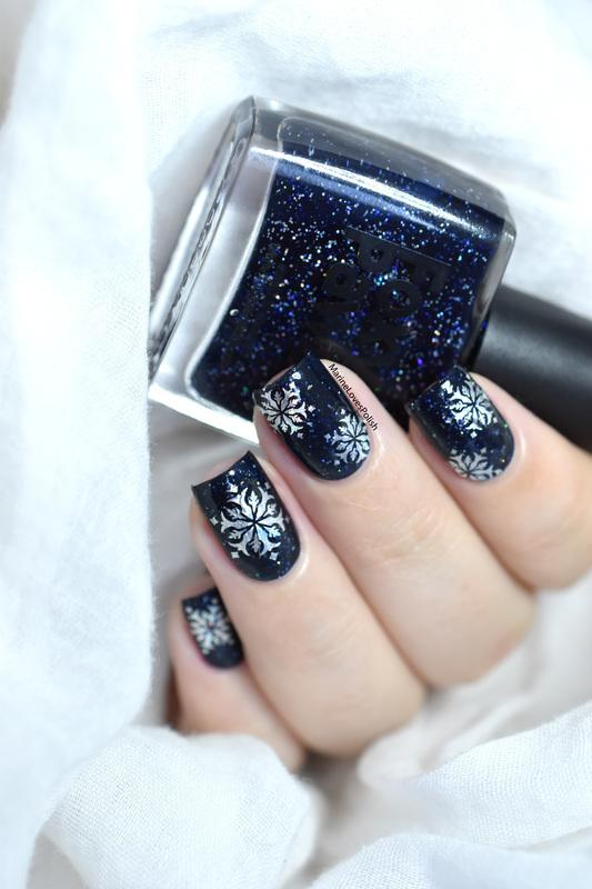 Holo Foil Snowflakes nail art by Marine Loves Polish