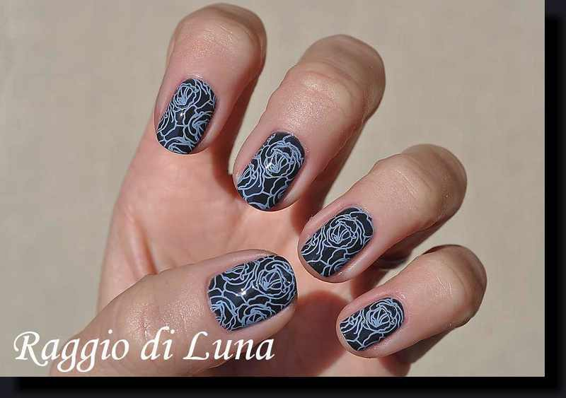Stamping: Blue roses on grey nail art by Tanja