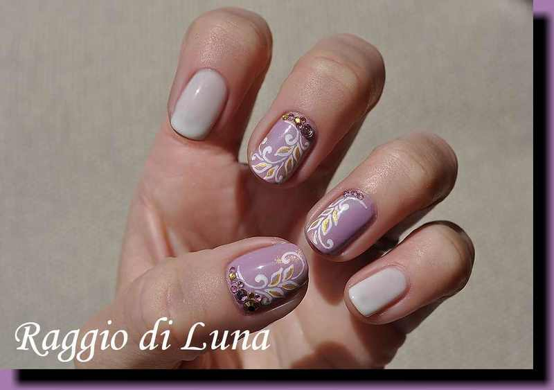 White leaf pattern on pearly lilac nail art by Tanja