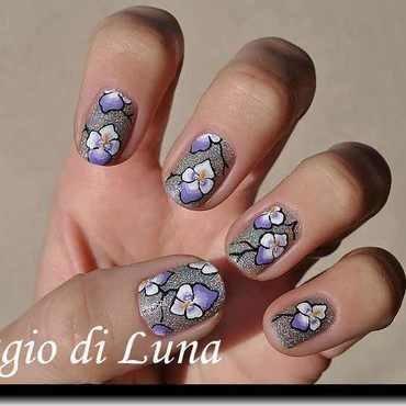 White & purple pansies on silver nail art by Tanja