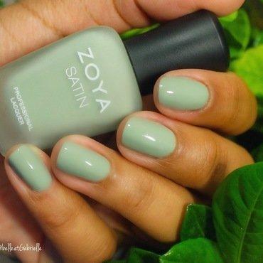 """Zoya's """"Sage"""" nail art by Gabrielle"""