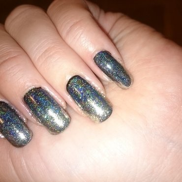 Holo mirror powder  nail art by Sabina Salomonsson