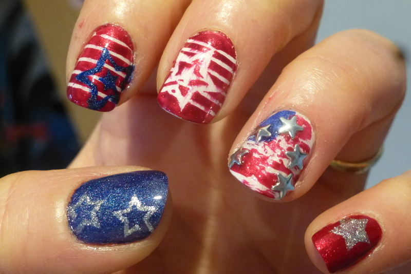 Superbowl, you said ? nail art by Barbouilleuse