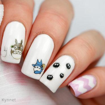 Naapurini Totoro nail art by Yue
