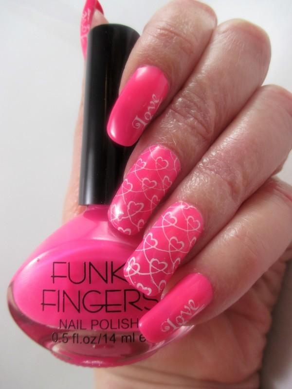 Love Mood nail art by NinaB