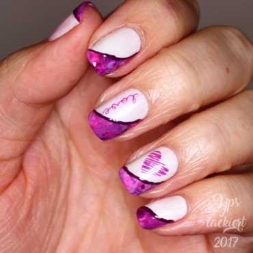 Valentines Mat(s)ch nail art by die Yps lackiert