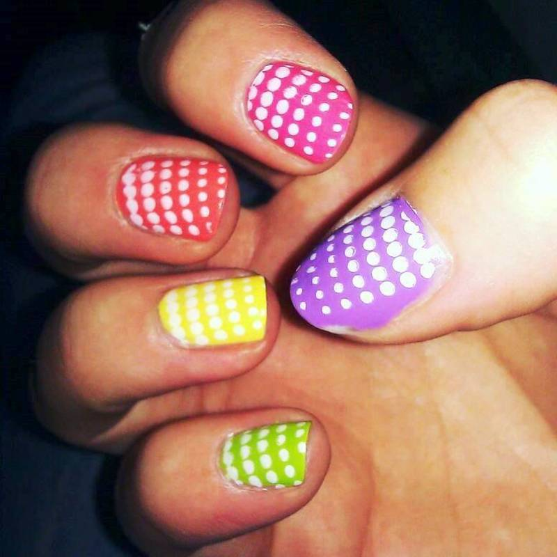 Dotted Rainbow nail art by Meggy