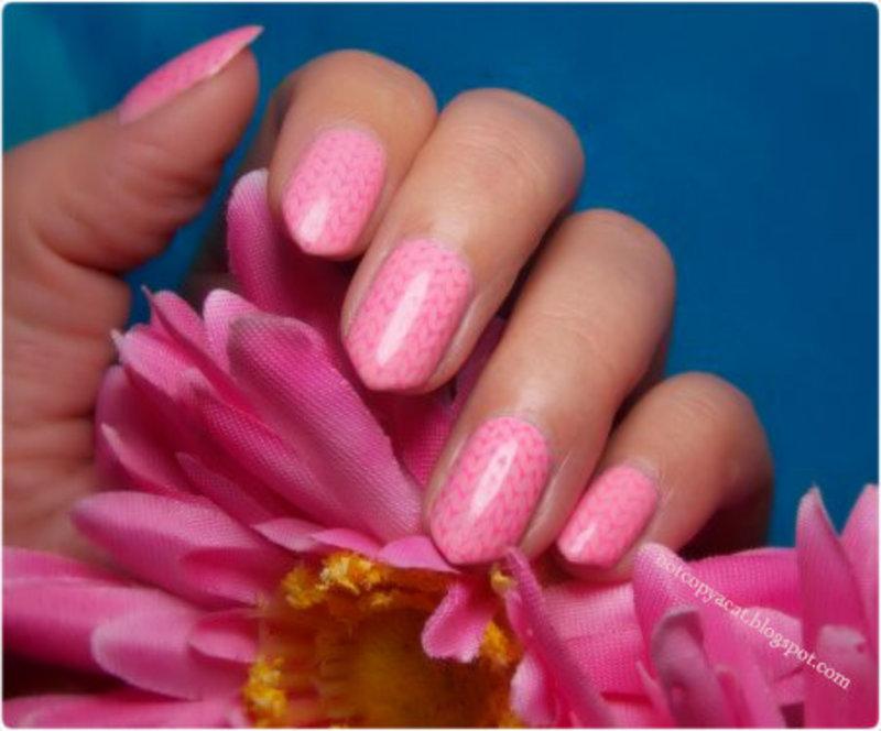 Cute pink sweater nail art by notcopyacat