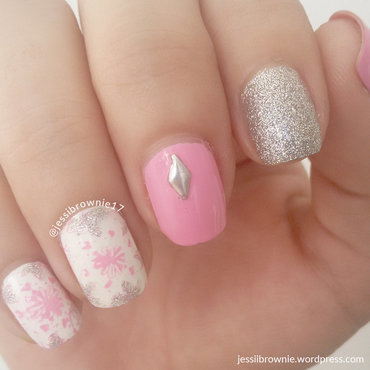 Rosie Pink nail art by Jessi Brownie (Jessi)