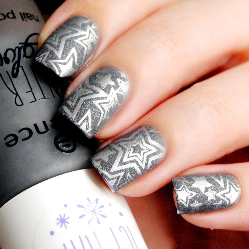 Silver Star nail art by Lackopfer
