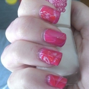 Valentine's Watermarble nail art by Kristyna
