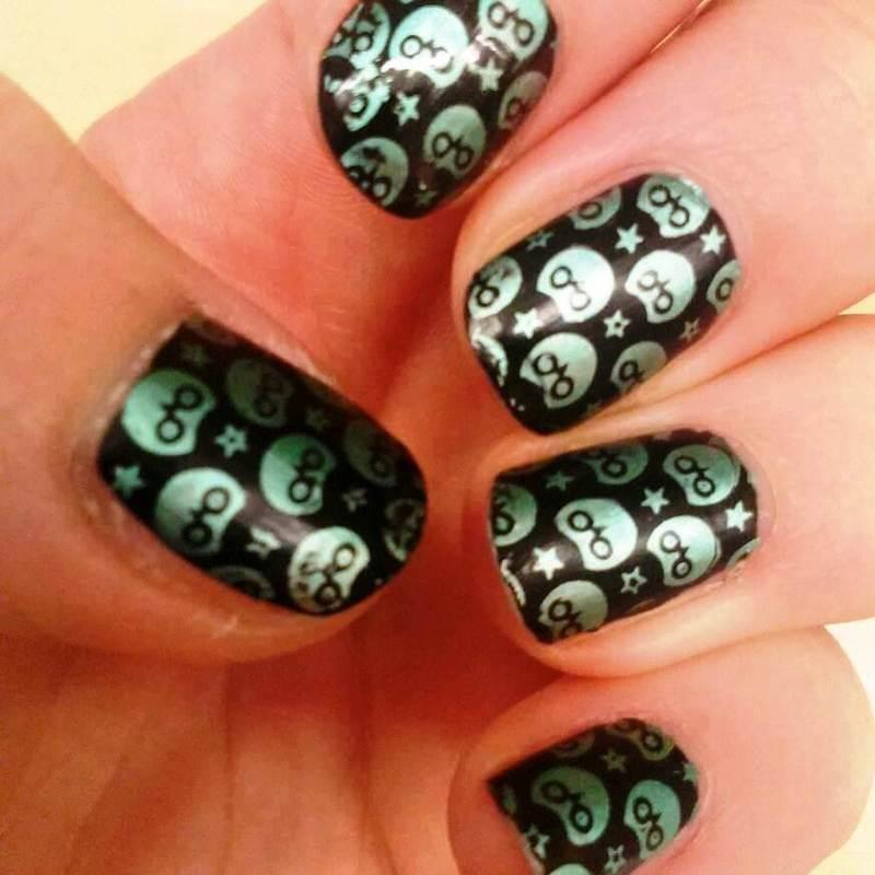 black&green owls nail art by Meggy