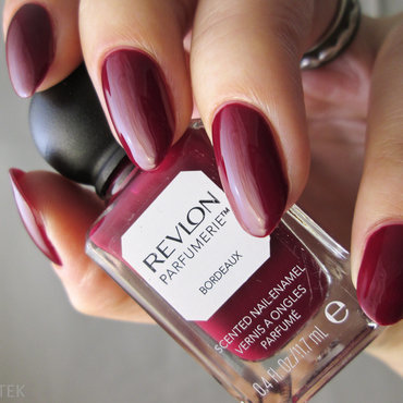 Revlon Parfumerie Bordeaux Swatch by Yenotek