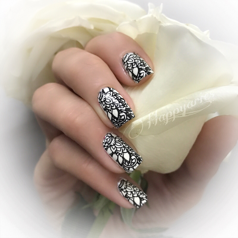black and white  nail art by Happy_aries
