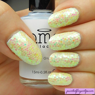Yellow glitter placement thumb370f