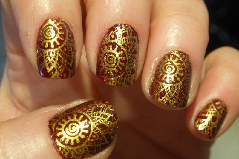 Golden Inca nail art by Barbouilleuse