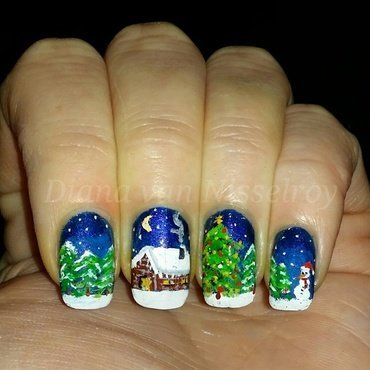 Winter Cabin nail art by Diana van Nisselroy